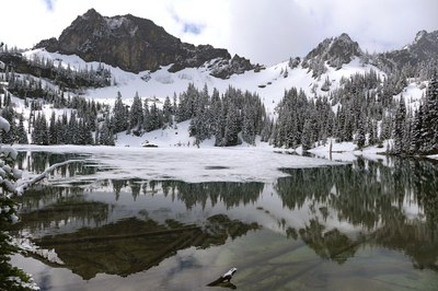 Day Hike - Crystal Lakes (Mount Rainier)