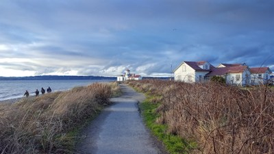 Day Hike - Discovery Park