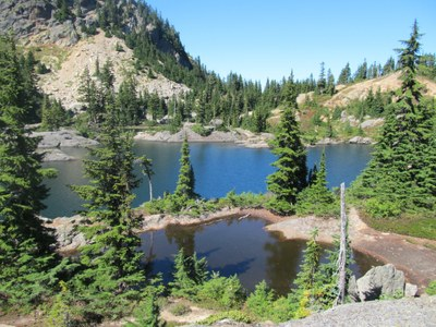 Day Hike - Rampart Lakes