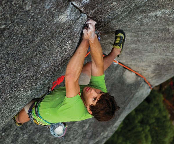 Alex Honnold on Leviticus at Murrin Park (Photo by Andrew Burr)_Pg168_cropped.jpg