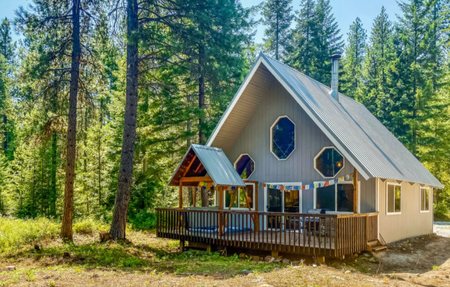 Cozy Cabin in the Woods.PNG
