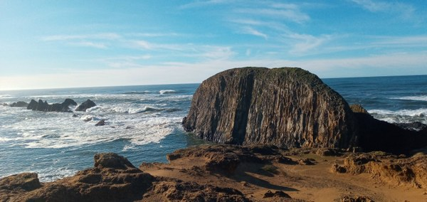 Elephant Rock as seen from the cliff just above Seal Rock.jpg