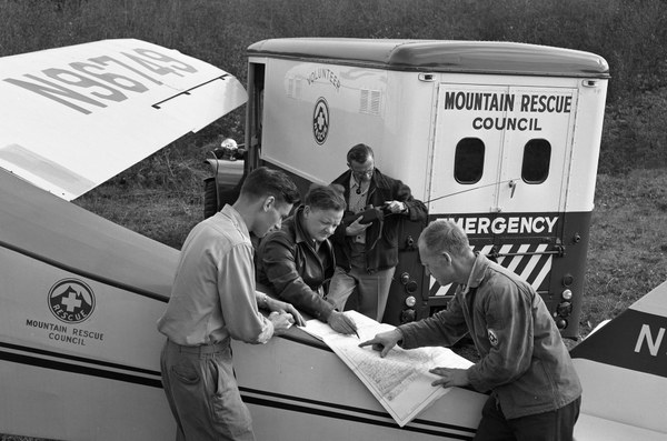 Mountain Rescue Council truck.jpg