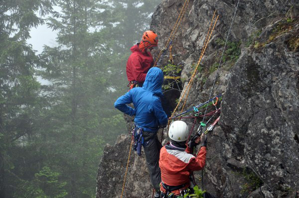 Safety Stories: Running a Climbing Field Trip during COVID-19