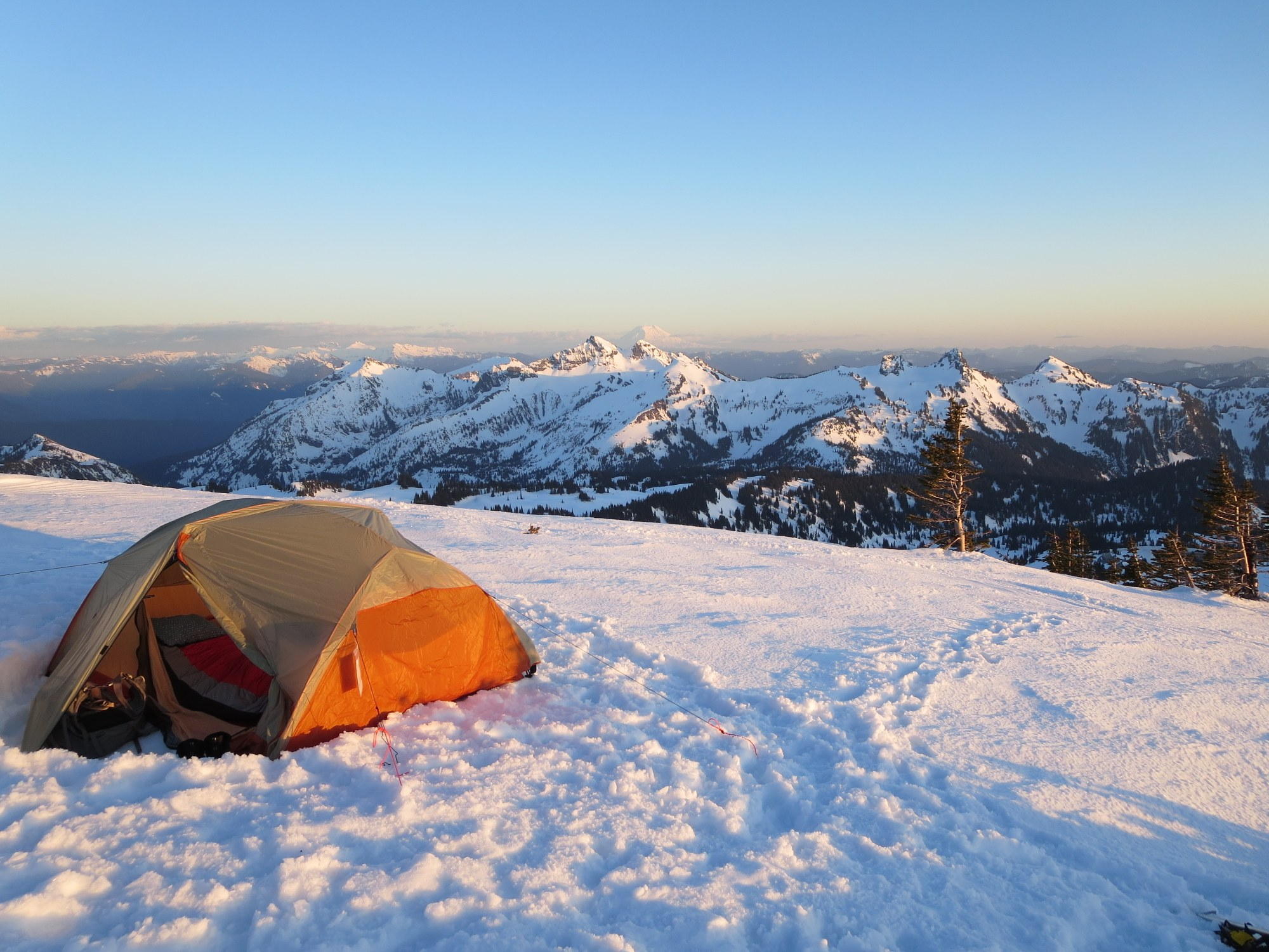 Snow Camping 101: An Ode to the Cold