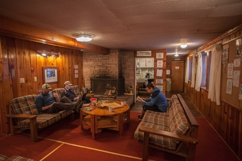 Volunteer to Host PCT Hikers at Stevens Lodge this Summer