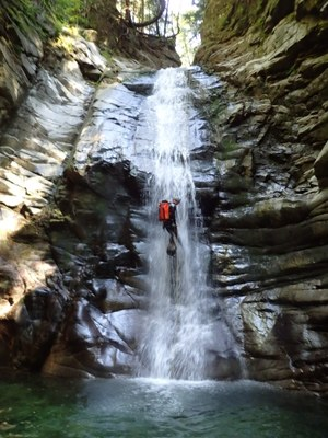 Waterfall Canyoning - The Mountaineers - 2020