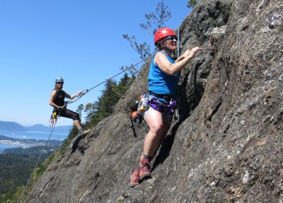 Seattle Basic Climbing Refresher Clinic - Alpine Rock Climbing Skills