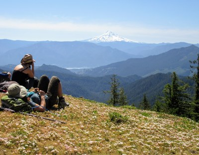 CHS 2 Hike - Pacific Crest Trail: Crest Horse Camp to Bridge of the Gods