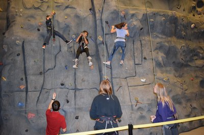 Bellevue Presbyterian Youth Camp - Climbing