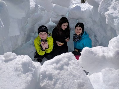 Tacoma Explorers Snow Shelter Building